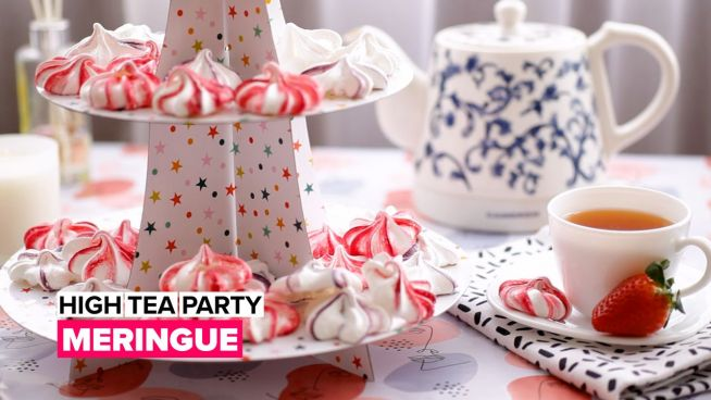 High tea party: Meringue