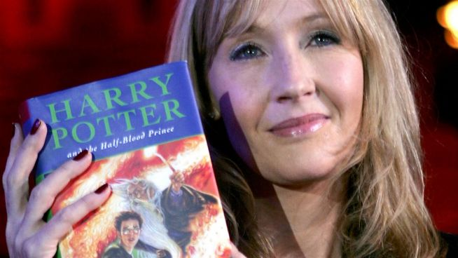 Are people boycotting Harry Potter books after J.K Rowling's controversial comments?